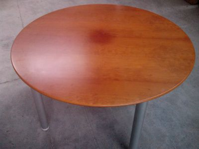 02492 Round table - Wood