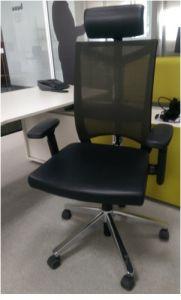 02684 Office chair  Haworth Comforto
