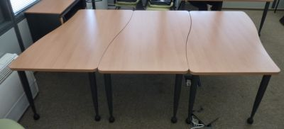 39629 Meeting table
