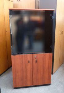 60994 Шкаф  с витрина Leontaridis