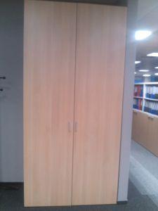 771026 Cabinet with doors BENE