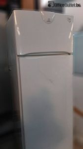 581073 Хладилник Indesit