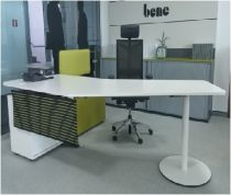 02673 Front Office desk Bene