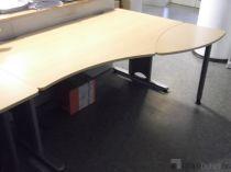06108  Operational desk Steelcase