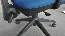 52783 Оперативен стол Unised model SIGNO