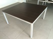 33514 Meeting table