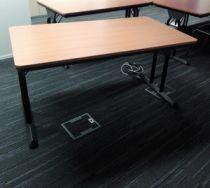 73093Folding table Steelcase