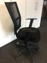 81116 Office chairs