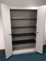 4433 Metal cabinet with doors SteelCase